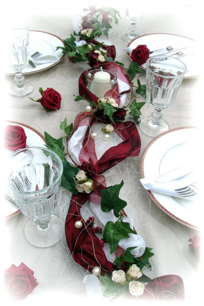 1 2m Gesteck Bordeaux Creme Hochzeit Kommunion