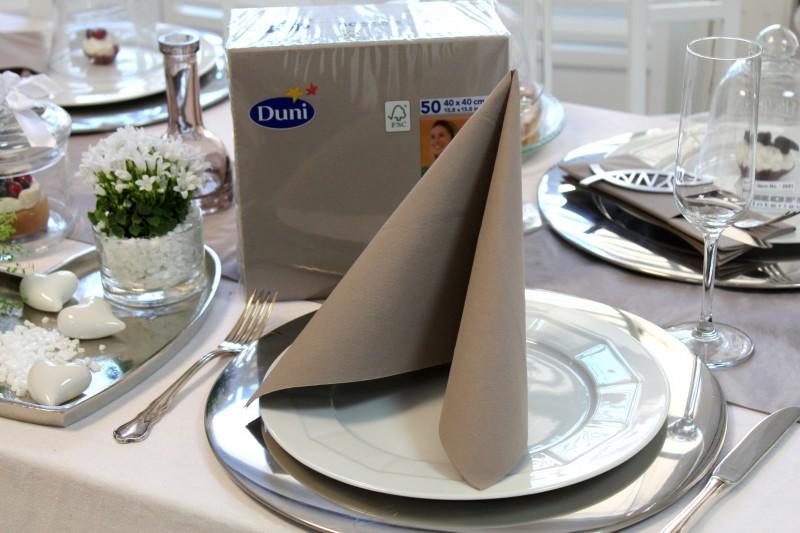 Tischdeko gr n braun alle guten ideen ber die ehe - Tischdeko konfirmation grun ...