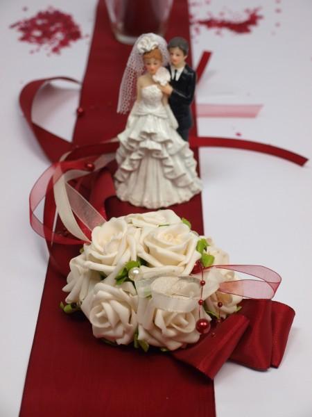 Tischaufleger In Bordeaux Creme Gesteck Hochzeit Tischdeko
