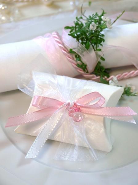 gastgeschenk schachtel schnuller rosa taufe g ste und. Black Bedroom Furniture Sets. Home Design Ideas