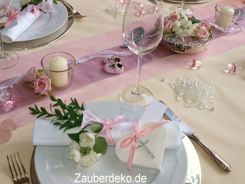 Ambitious and combative tischdekoration zur taufe m dchen for Rosa tischdeko