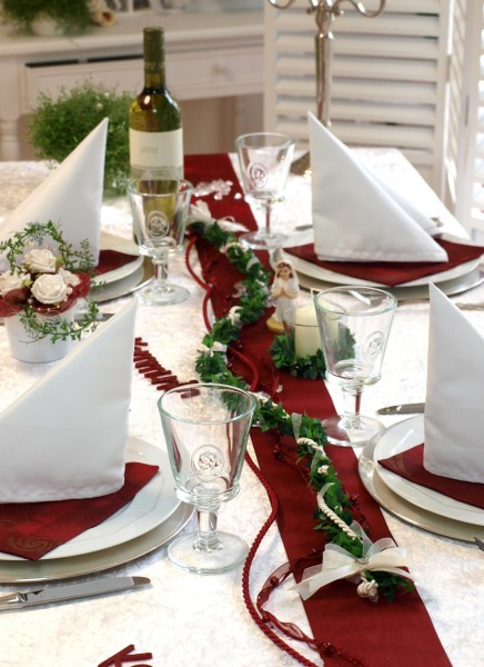 Pin Tischdeko Bordeaux Rot Tischdeko F R Hochzeiten In